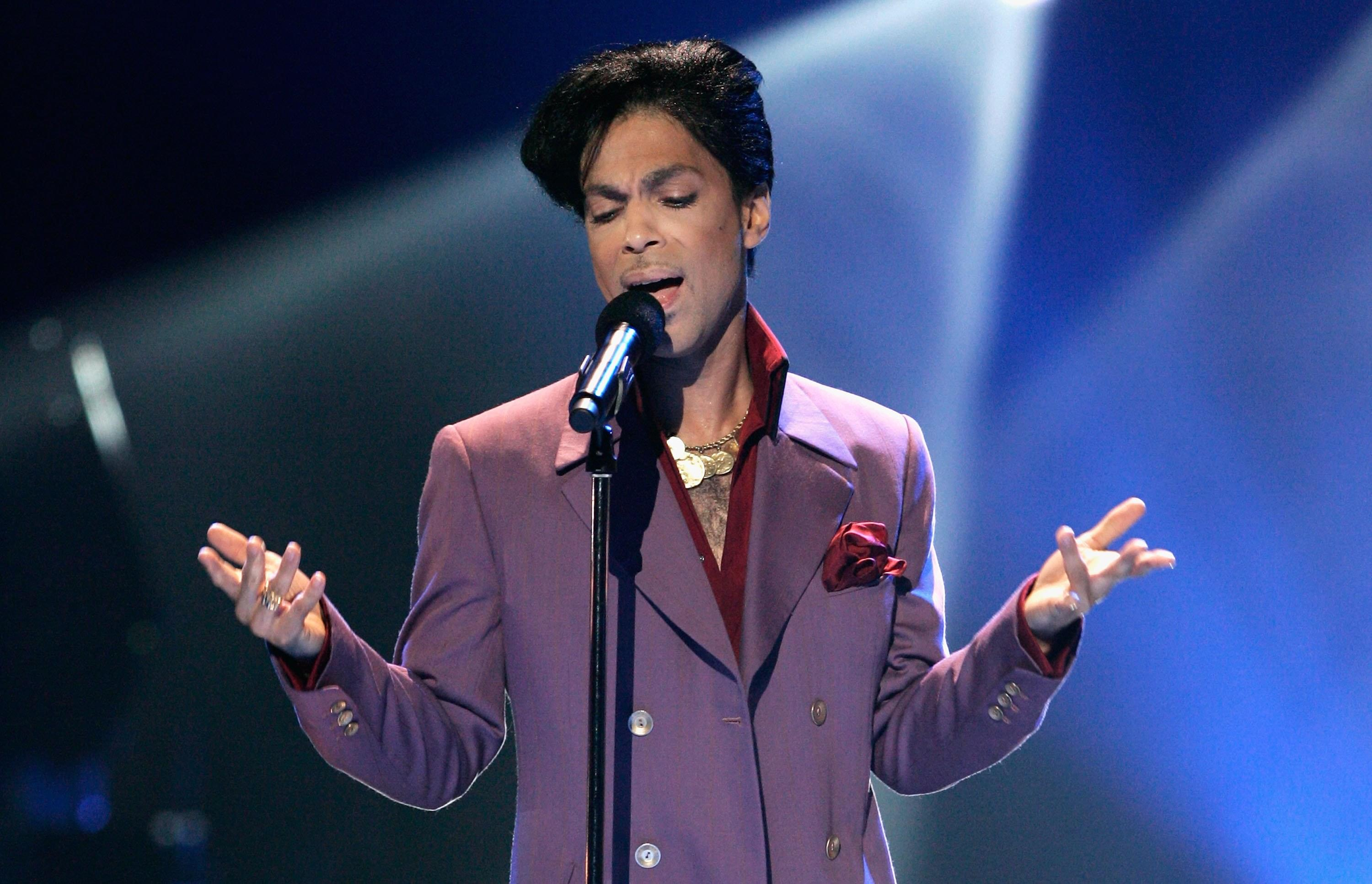 Prince Fans Shocked That His Music Will Be Used In Credit Card Commercial