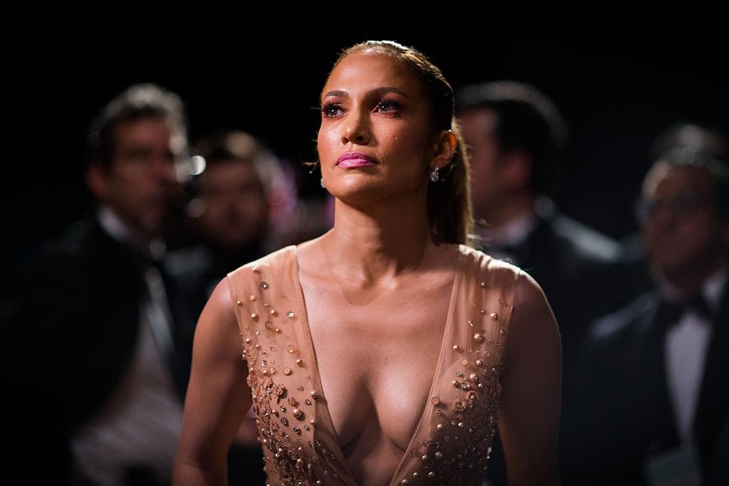 "Jennifer Lopez Says Men Are ""Useless"" Before 33"