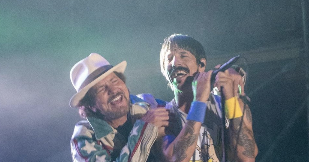 Eddie Vedder and Red Hot Chili Peppers Perform The Cars' 'Just What I Needed'