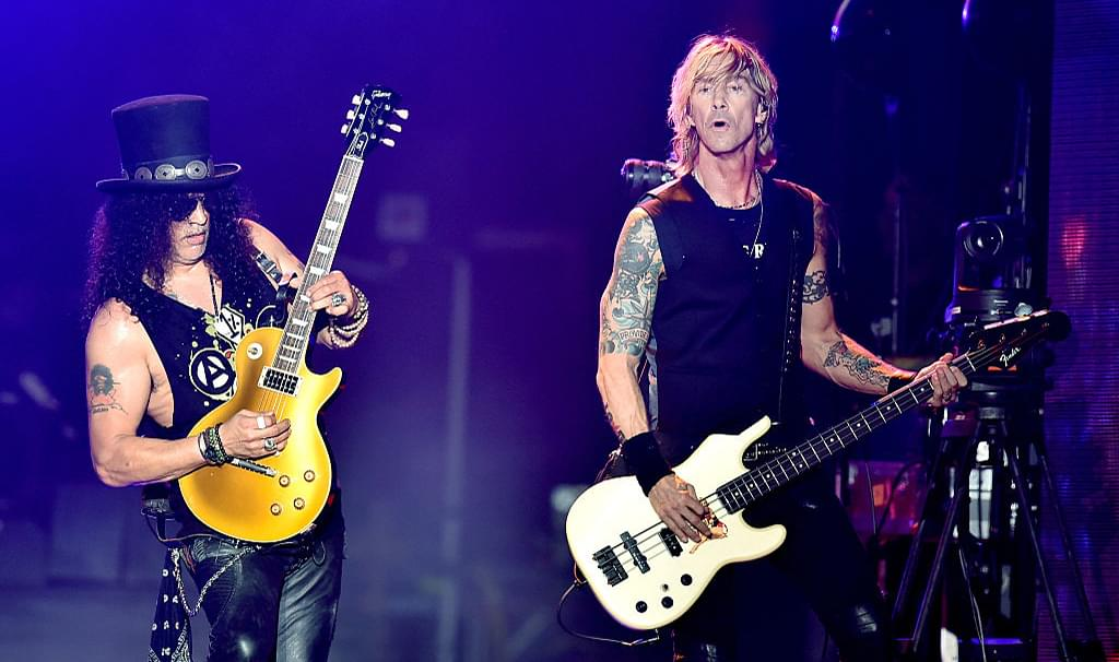 Guns N' Roses Perform 'Locomotive' for First Time Since 1992