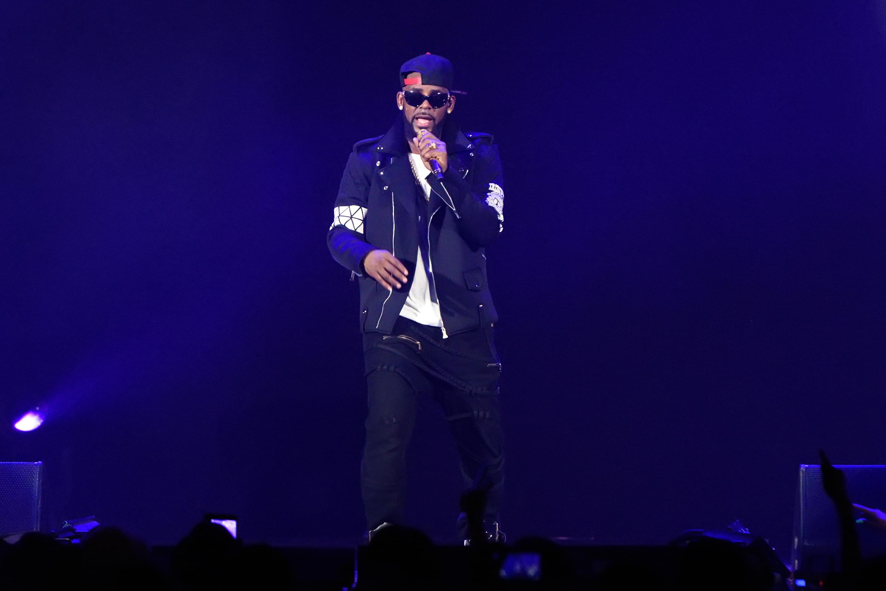 R. Kelly Drops 19-Minute Track About Sex Cult, Illiteracy And More