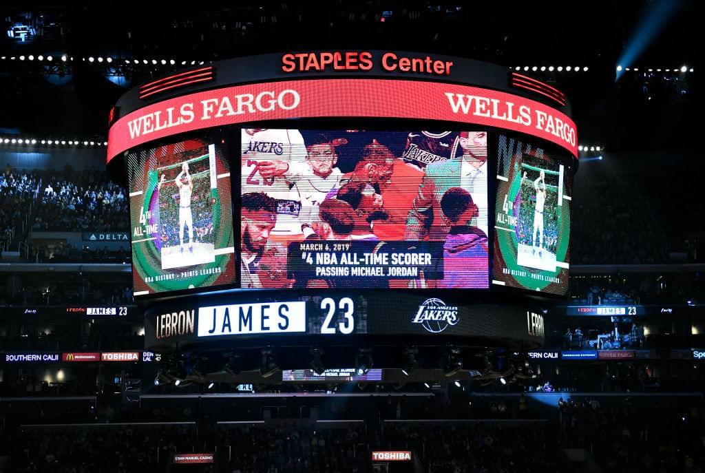 Michael Jordan Salutes LeBron James for Passing Him on All-Time List