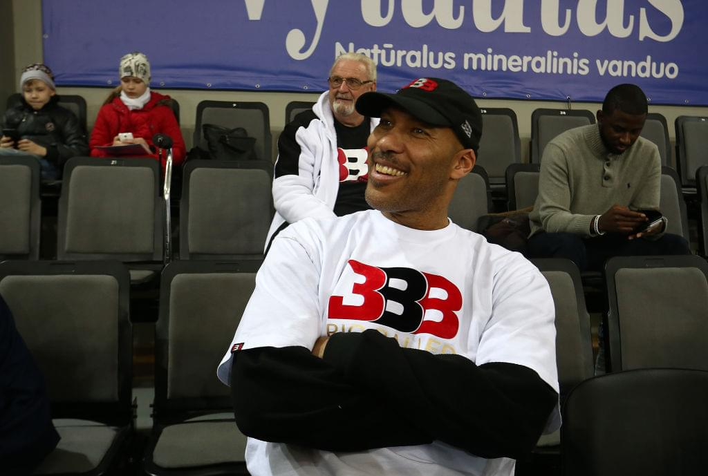 """LaVar Ball Says Zion Williamson """"Can't Hold A Candle"""" To LiAngelo Ball"""