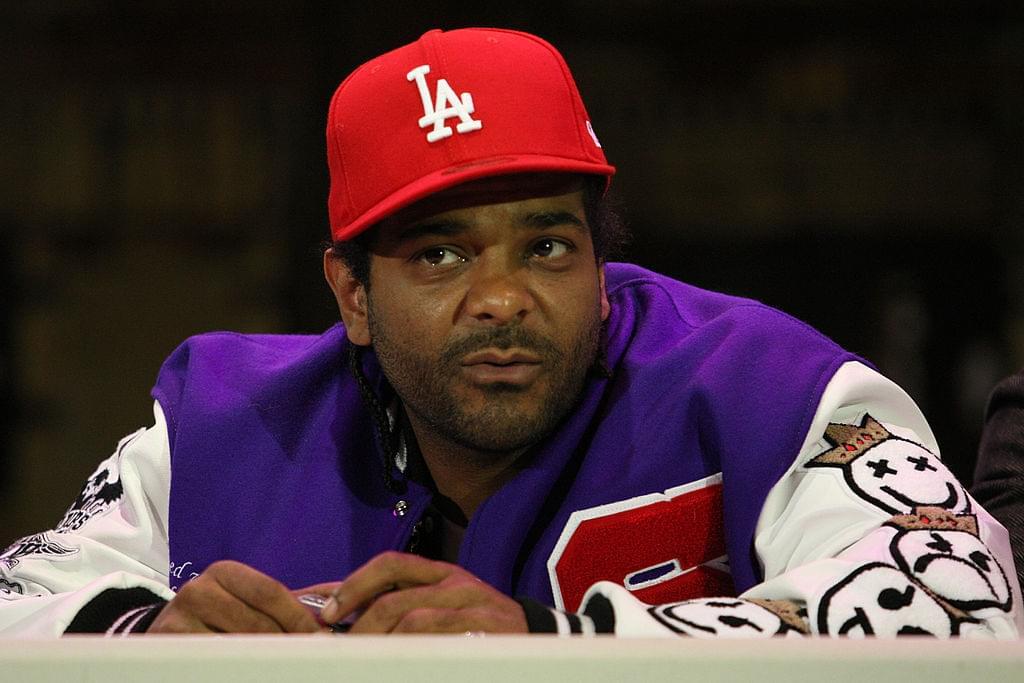 97f237b12616 Kobe Bryant Says Magic Johnson Deserves Second Statue After Bringing ...