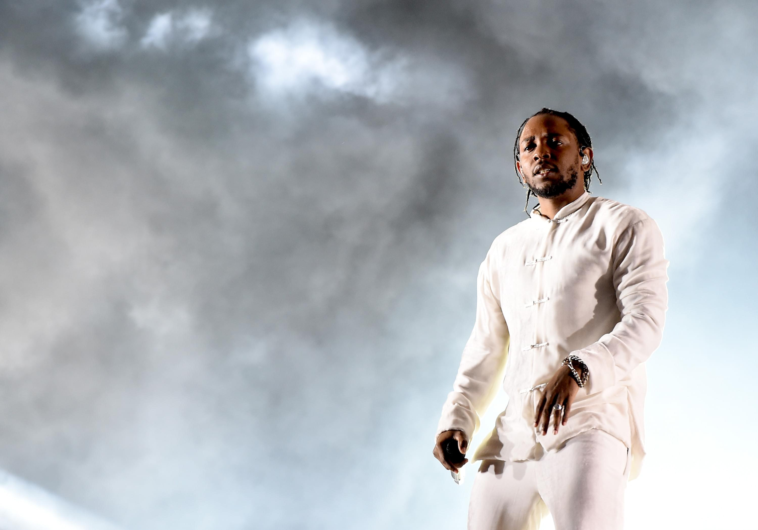 "Kendrick Shares Visuals For ""ELEMENT "" [WATCH] 