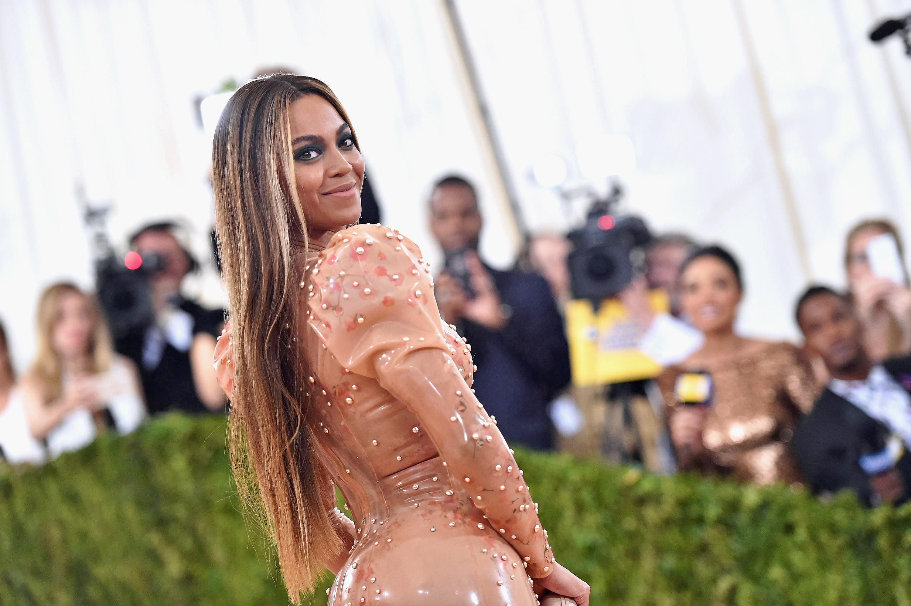 Beyonce's Documentary Of Making the Lion King Album Premieres Tonight