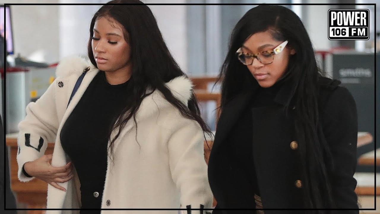 #DailyDose: R. Kelly's Girlfriends Azriel Clay & Joycelyn Savage Possibly Brainwashed