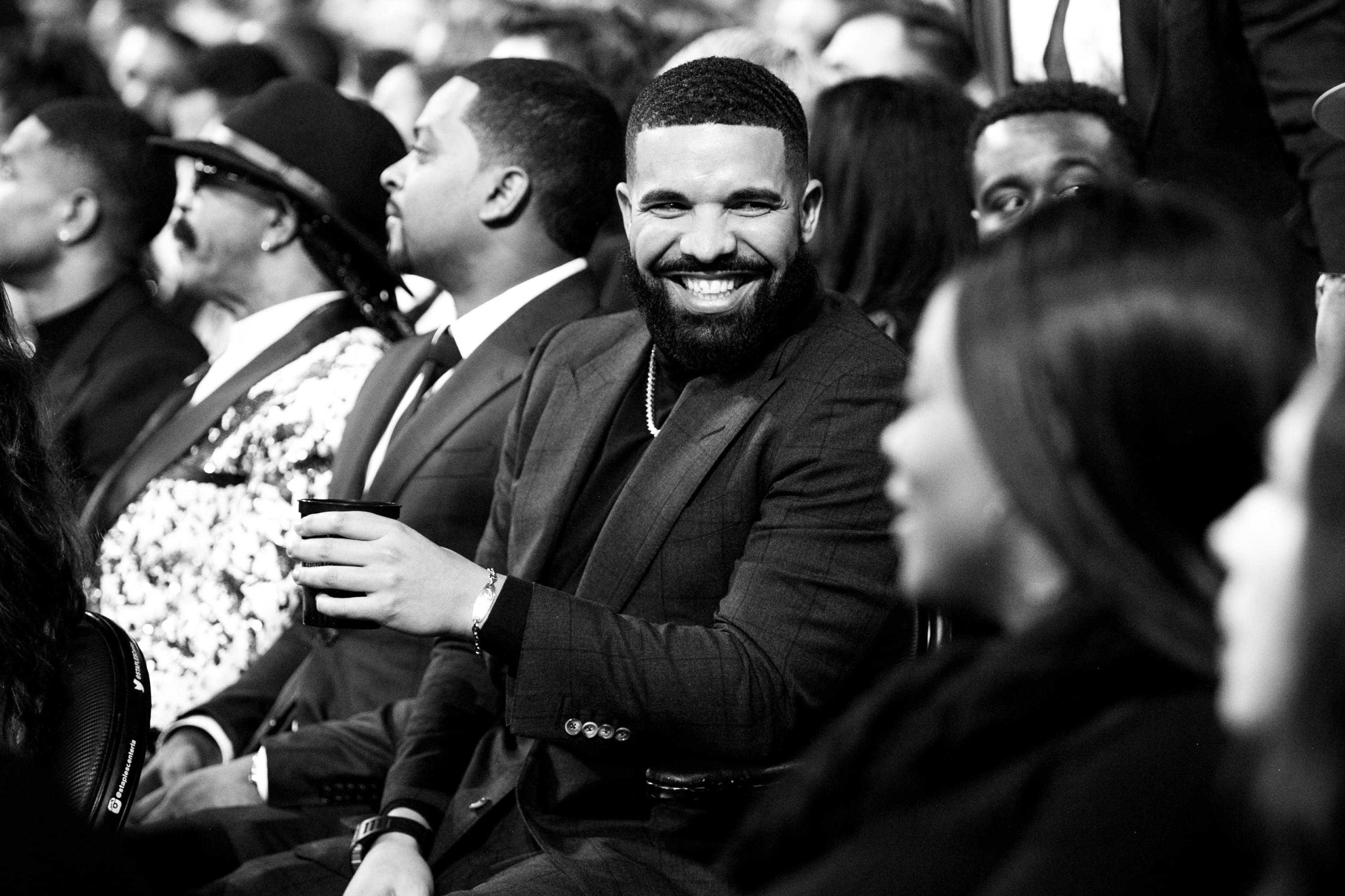 Drake Drops MJ Song From U.K. Tour