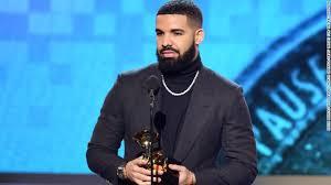 """Drake Buys Himself A Plane – """"Air Drake"""""""