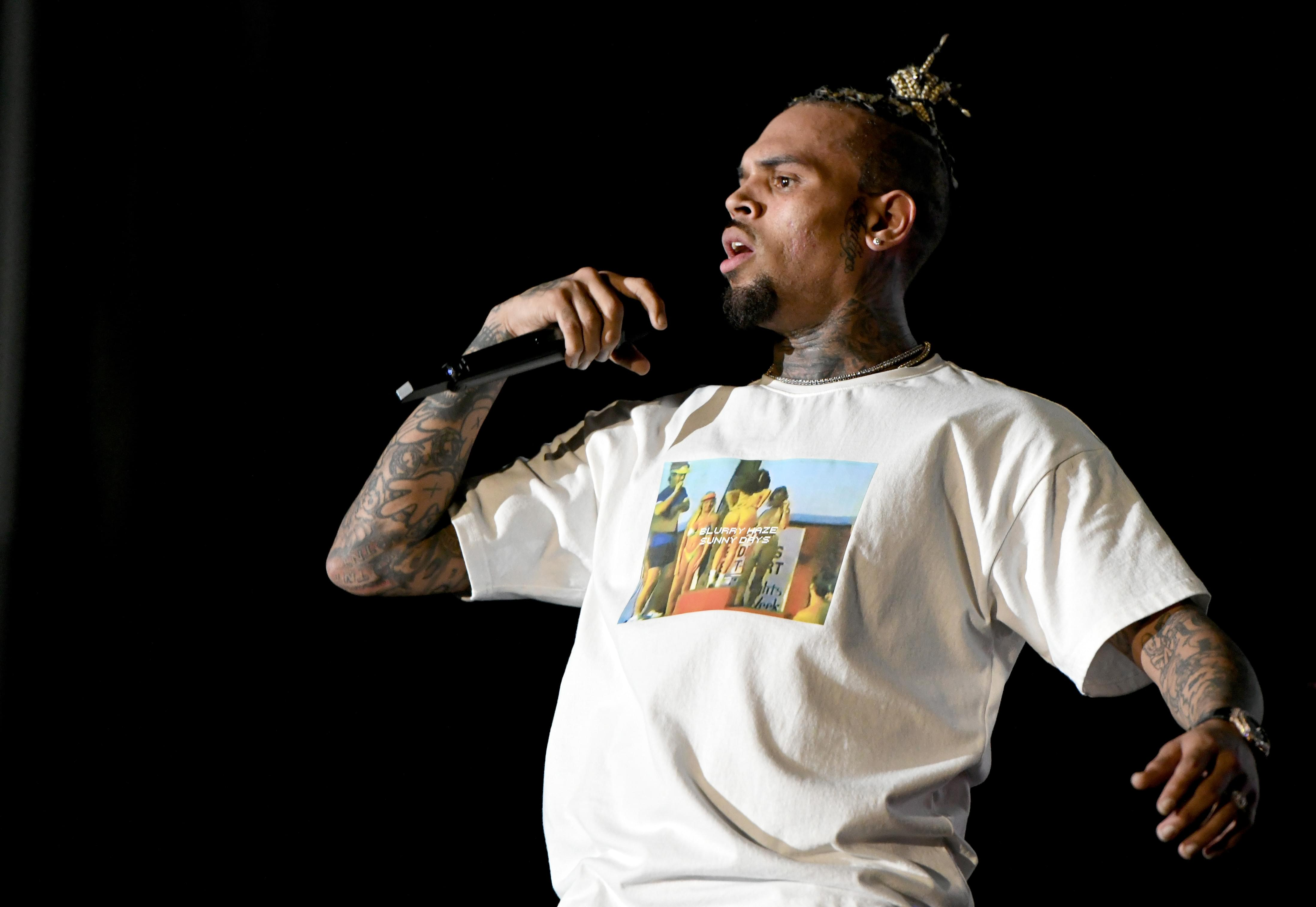 Chris Brown And Girlfriend May Be Expecting!