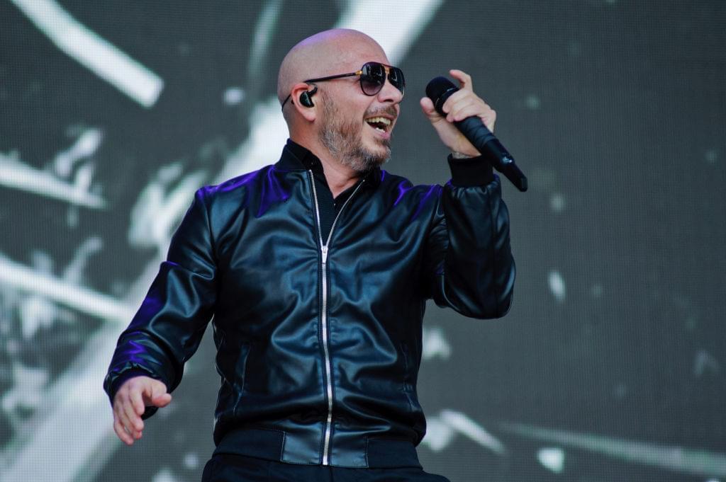 Pitbull reschedules L.A. concert
