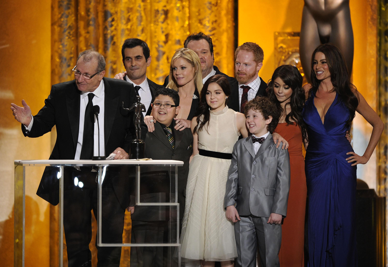 """Modern Family"" coming back? | Kevin Machado |"