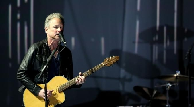 A Health Scare For Lindsey Buckingham | Donna D |