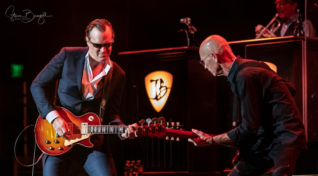 Joe Bonamassa at the Fox Riverside