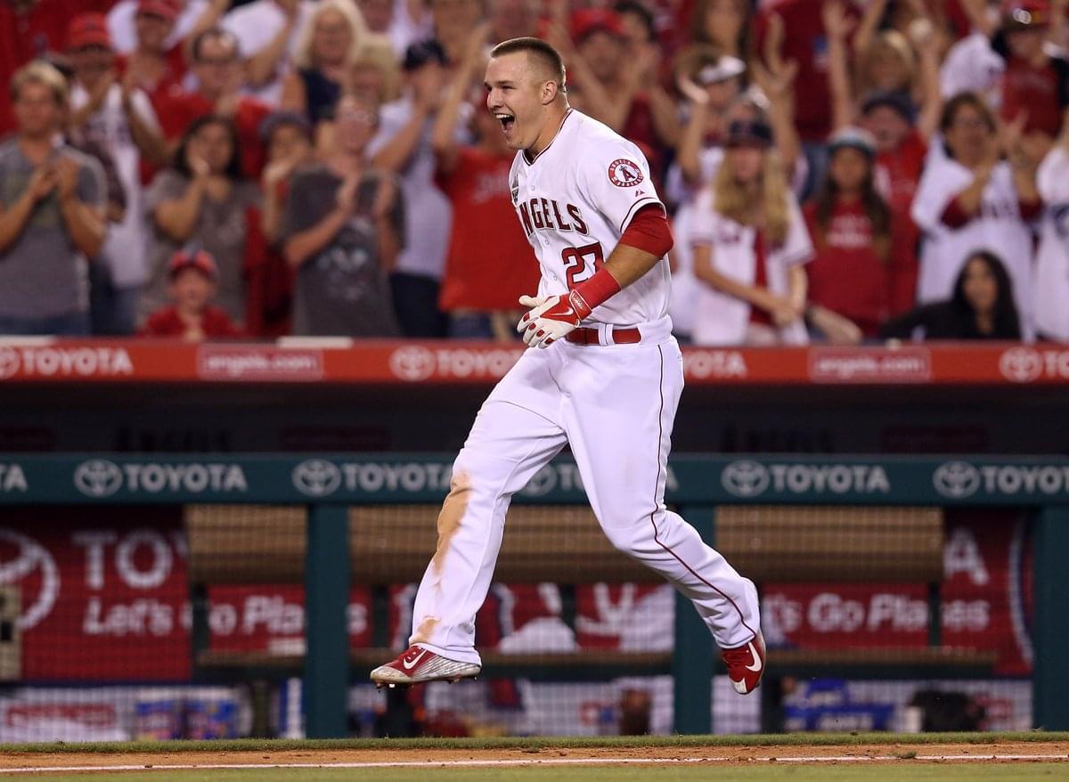 LAMM AT LARGE: Observations to start MLB season